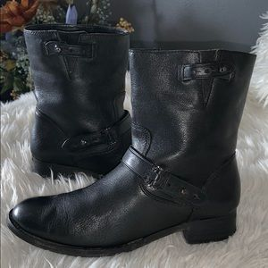 Coach Amy leather ankle boots sz 6B